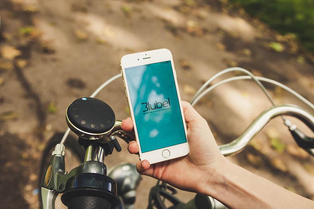 blubel-on bike