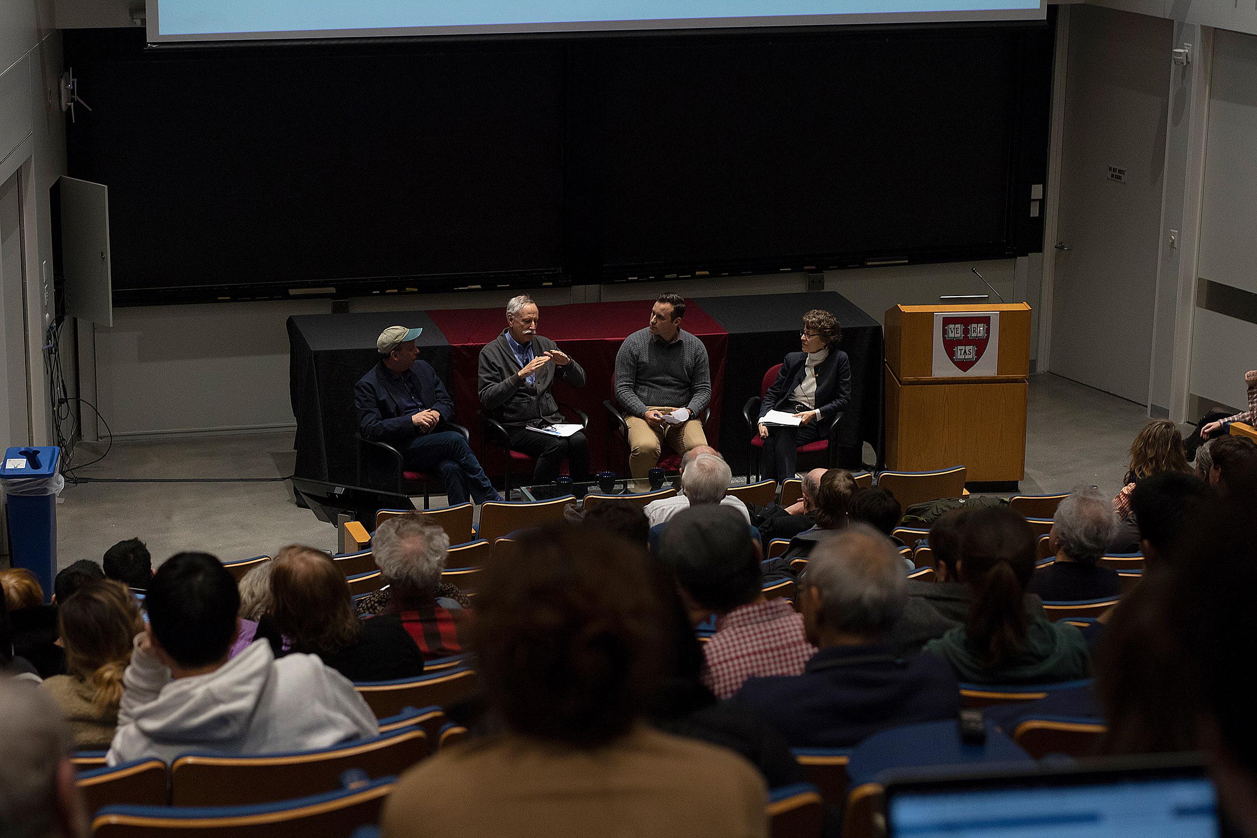 From left to right, Paul Greenberg, Professor Walter Willett, Professor Christopher Golden, and Professor Susan Korrick.